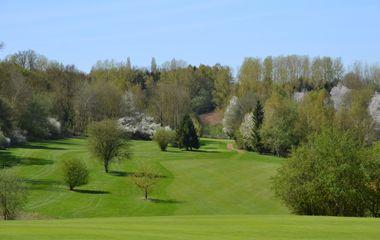 Green-fee and Golf de Falnuée